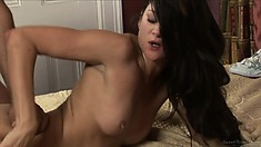 Sexy brunette babe gets her ass covered in fresh jizz after sex